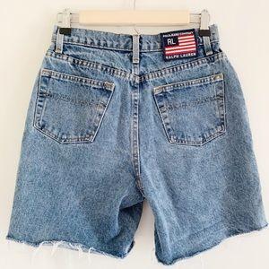 Ralph Lauren . Cut off . Denim Shorts . Size 7